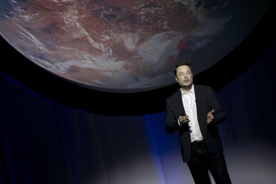 ap 17200727927430 - É HOJE: SpaceX lançará um carro esportivo Tesla ao espaço