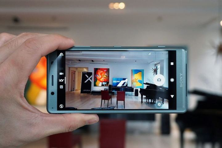 camera 720x480 - HANDS-ON: Primeiras impressões dos Xperia XZ2 e Xperia XZ2 Compact