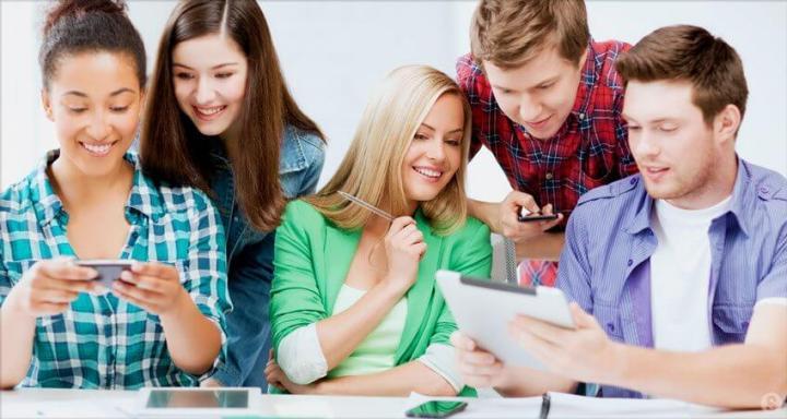 Generation Z group 720x384 - Entenda como a Geração Z pode revolucionar o ambiente de trabalho