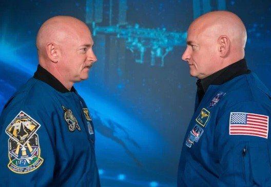 kelly - Passar tanto tempo no espaço tornou o DNA de astronautas gêmeos diferentes