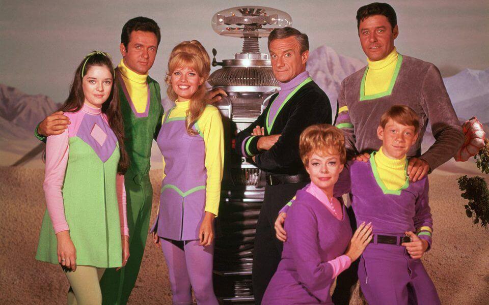 família robinson - A família Robinson está de volta: Perdidos no Espaço já está disponível