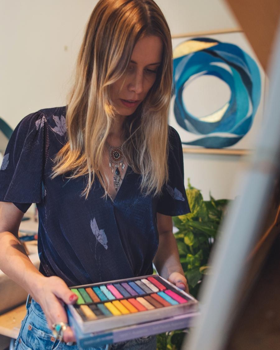 Sole Paints The Blues