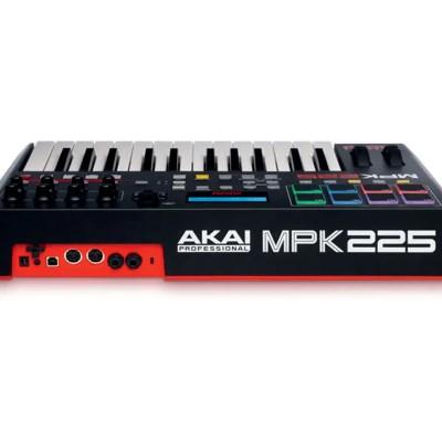 akai-mpk225-back