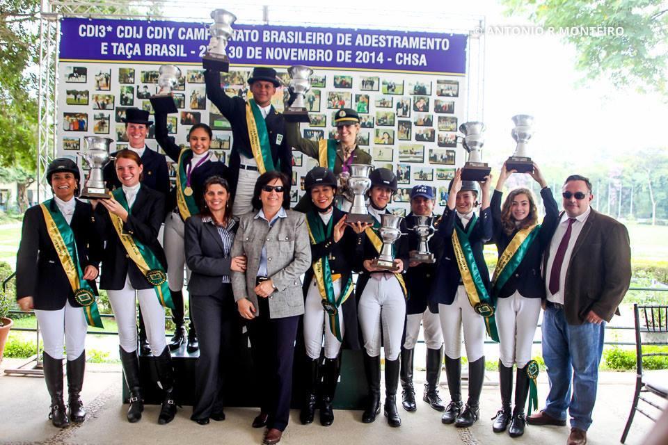 A Sociedade Hípica Porto Alegrense parabeniza o excelente desempenho dos sócios no Campeonato Gaúcho de Adestramento 2014