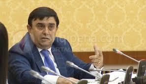 Shpërthen skandali, Anastas Angjeli ka punuar si pedagog i brendshëm në universitetin e tij duke shkelur ligjin, në diskutim mandati i deputetit