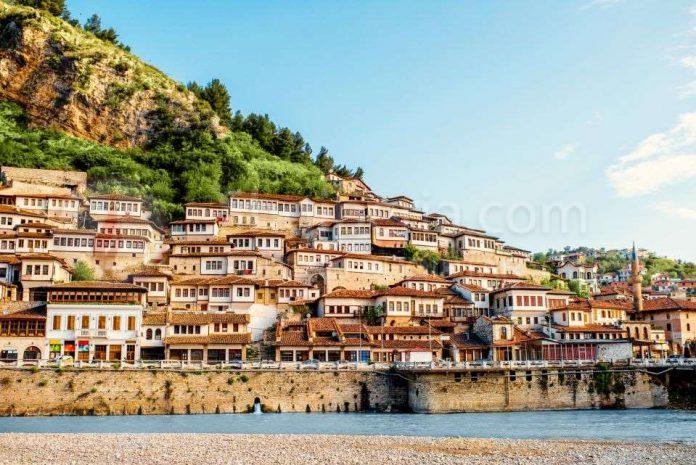 MSN: Shqipëria, vendi i mbushur me mrekulli. -