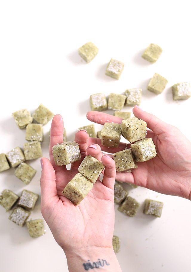 DIY Matcha Green Tea Sugar Scrub Cubes - A Bath and Body Tutorial