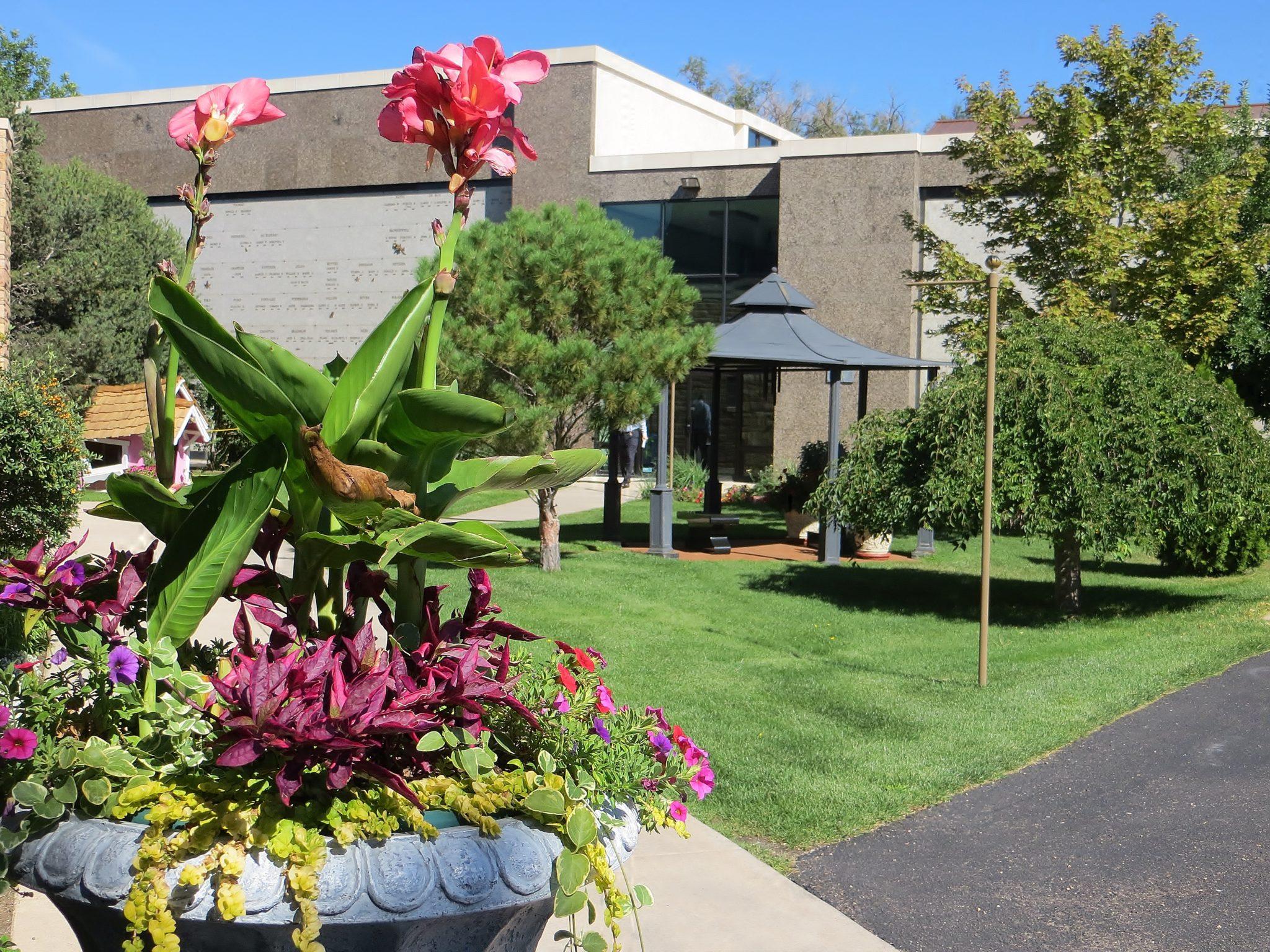 Colorado Springs Gardens