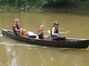 boat and canoe hire activities