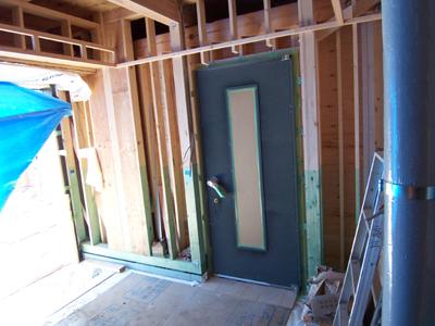 スタジオの防音ドア