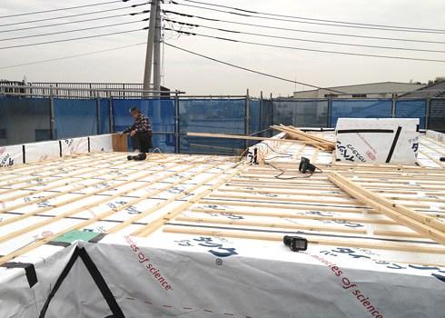 屋根の防水シートと通気層