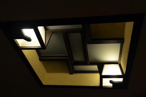 自由学園明日館の建築化照明