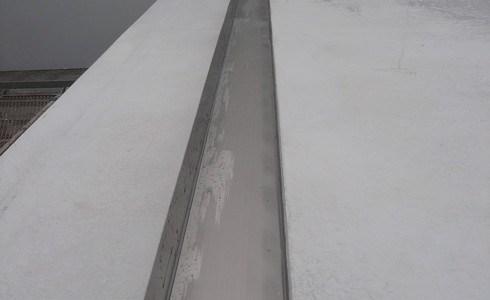 ステンレス製の箱樋