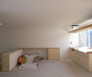 フルオーダーキッチンは家具職人の丁寧な仕事 | 川口の白い家