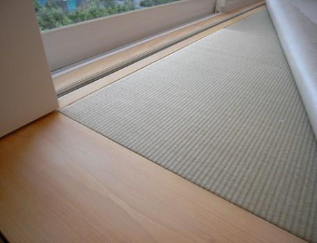 畳 の感触が気持ち良い。ゴロゴロするにはもってこいの和室