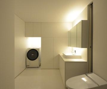 バスルーム が完成。疲れが和らぐ癒やしの空間 | 川口の白い家