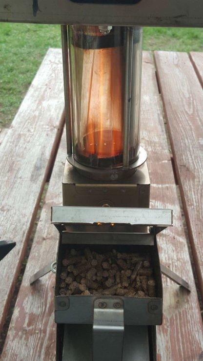 22 Adventure Lantern Griddle Back Pack Rocket Stove