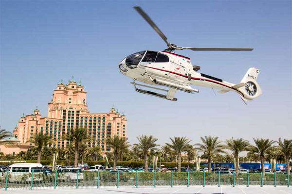 12-Minute Dubai Helicopter Tour 2