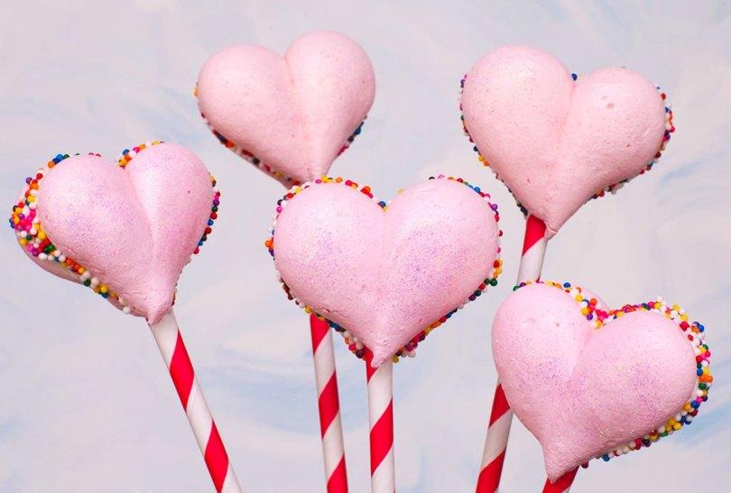 meringue heart lollipops
