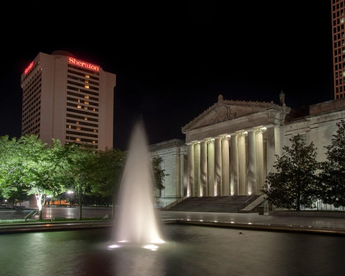 War Memorial Auditorium - Olympus E520 / 14-54mm f2.8-3.5 / SNS-HDR / 5 Frames