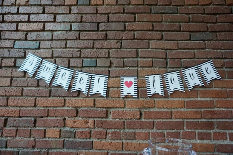 Black&white-striped-SWEET-LOVE-banner