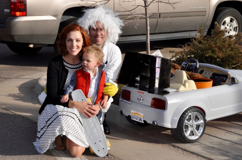 diy-back-to-the-future-family-costume