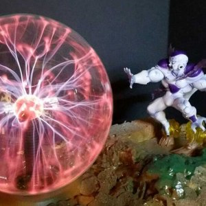 Dragon Ball Z Frieza Plasma Ball Lamp