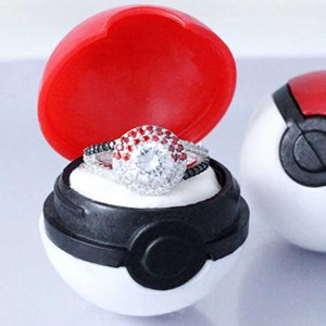 Pokeball Ring With Box