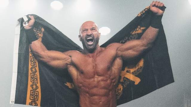MLW's Daivari poses in the ring