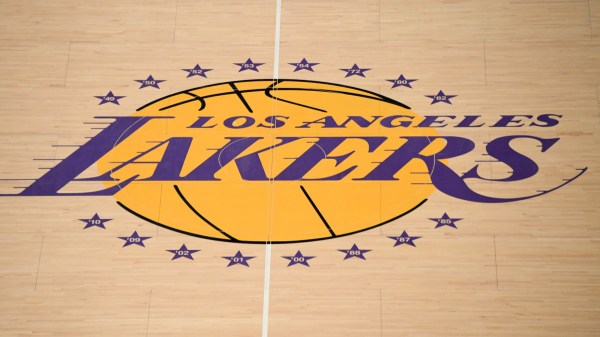 Lakers Fan Creates T-Shirts in Support of Hong Kong Protestors