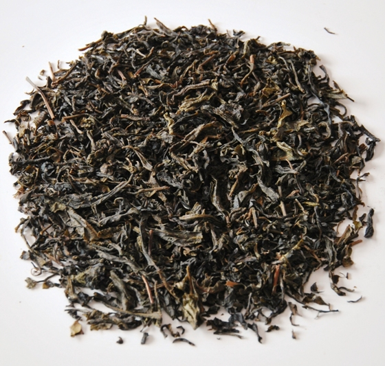 Shan Tea: wild tea from C.S. Assamica large-leaf tea tree in north Thailand, Pu Erh style processing