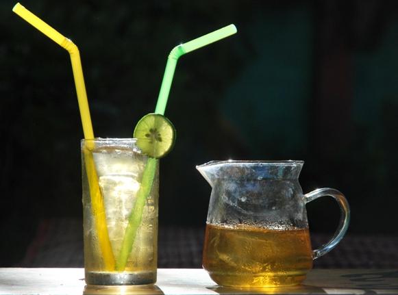 Monsoon Oolong Thai Tea Blend prepared as Ice Tea beverage