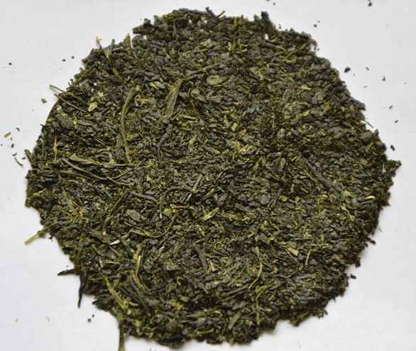 Kabusecha Diamond Leaf: half-shaded Kabuse Sencha green tea from early pickingl