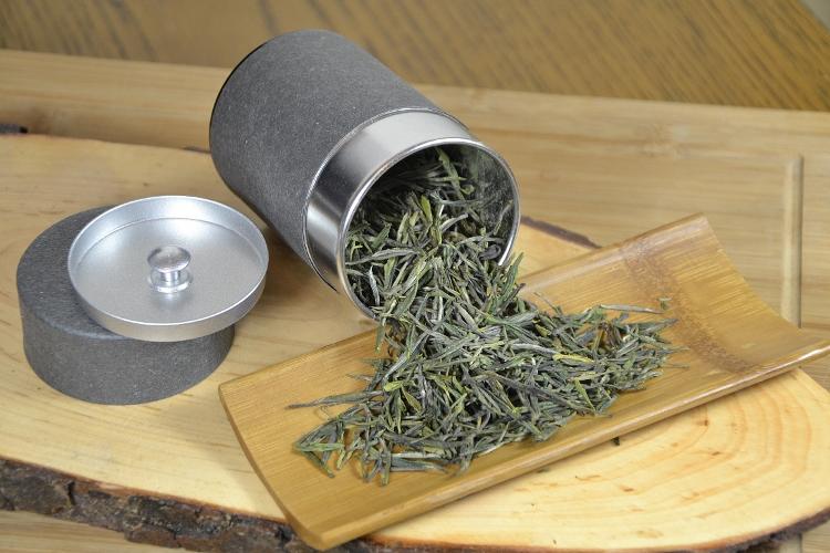 Spring High Mountain Premium Zi Sun Cha Green Tea