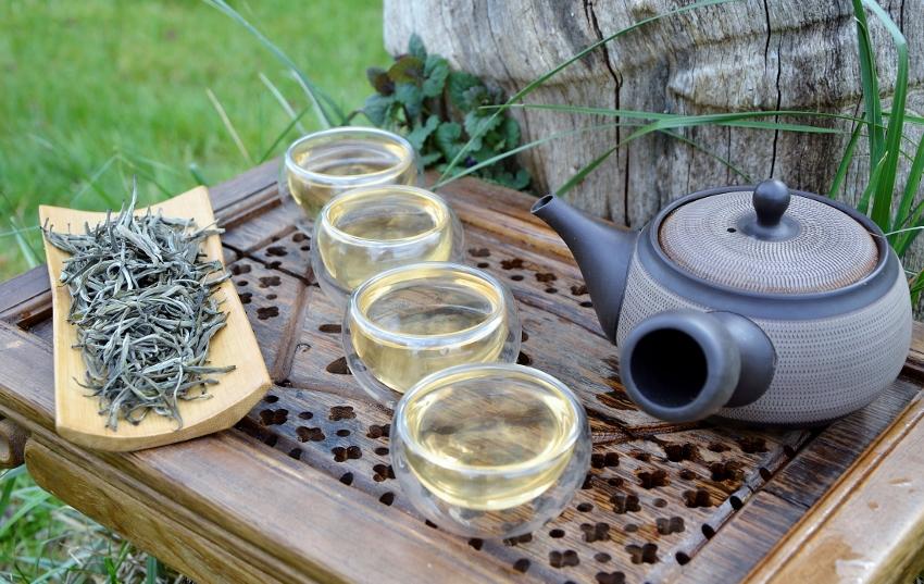 Bolaven Silver Cloud - white arbor silver needle tea from Bolaven Plateau, south Laos