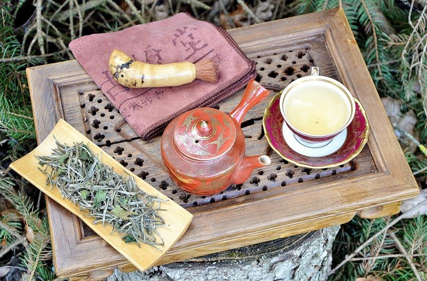 Bolaven Silver Cloud Sticky Rice White Silver Needle Tea