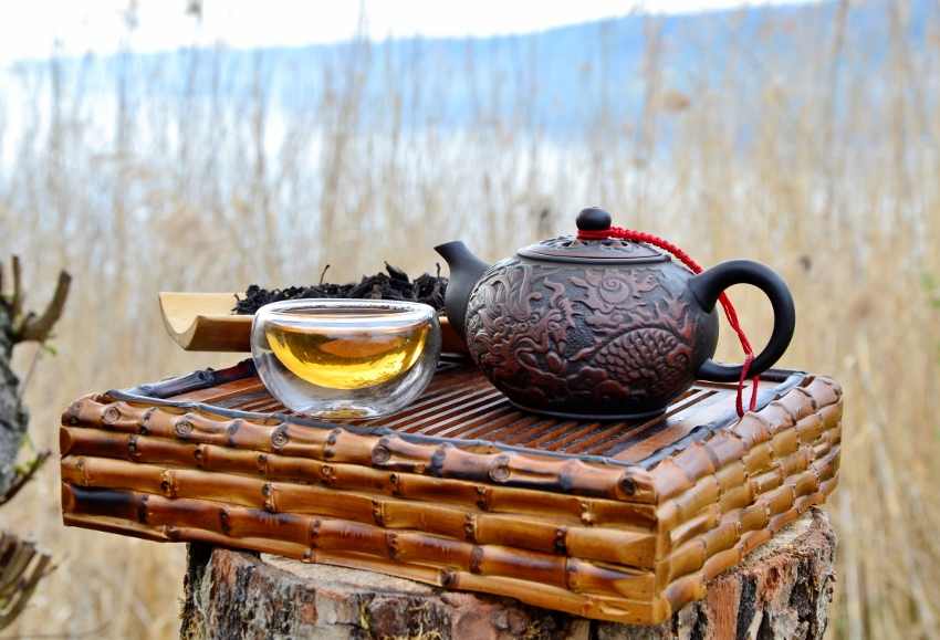 "Wuyi Golden Water Da Hong Pao Oolong Tea - ""Big Red Robe"""