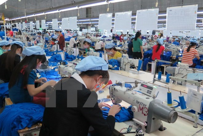 Vietcombank to apply Basel II next month, Vietnam, Republic of Korea step up technological application in garment, Cement exports record strong growth in H1, Vietnamese farm produce shines in Paris