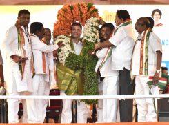 Telangana Congress men felicitating AICC president Rahul Gandhi at massive public meeting Chevella constituency near Hyderabad