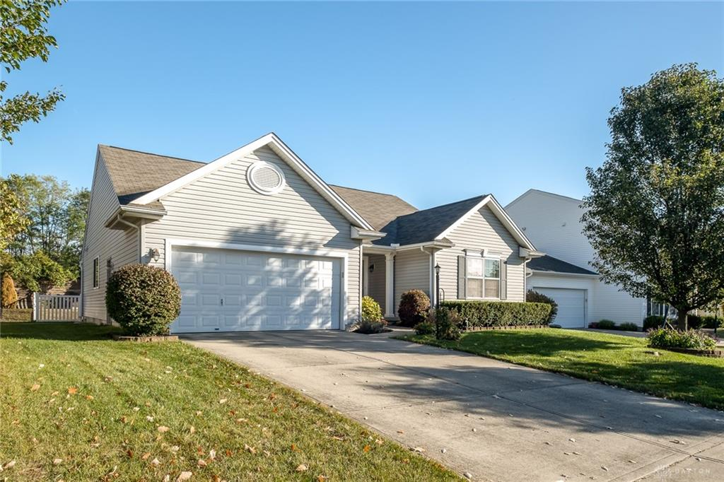 2746 Oak Trace Ct Beavercreek Oh 45431 Listing Details Mls 827138 Dayton Real Estate