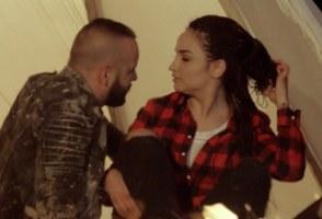 2 Ton - Prej asaj nate (Teksti) Tekste kengesh shqip veq ti mu pershtate
