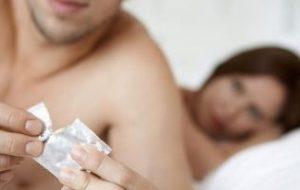 Si perdoret prezervativi. Keshilla per te perdorur prezervativin sikur duhet.