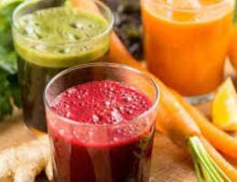 Leng frutash natyral. Rikthen energjite e humbura nga i ftohti. karota portokall