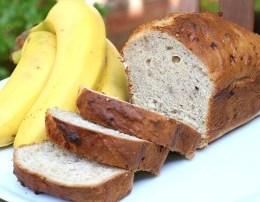 Buke me banane per mengjes. Receta gatimi