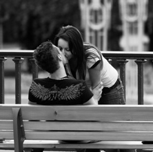 Gabimet qe te fejuarit bejne ne rrjetet sociale. Te dashuruarit