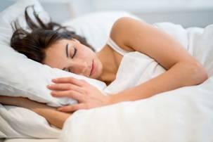 Si te flesh per 5 minuta ne mbremje. probleme me gjumin ne doren tende