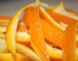 Per cfare ju sherbejne lekurat e mandarinave. Mos i hidhni ato....