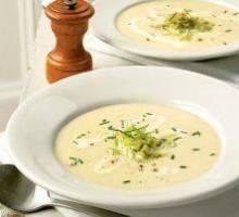 Supe me kos dhe veze. Receta gatimi te shendetshme.