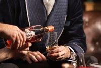 Te gjithe kthejme nje gote me shume kur duam te harrojme dicka.. Por a ja dalim te harrojme duke pire??!