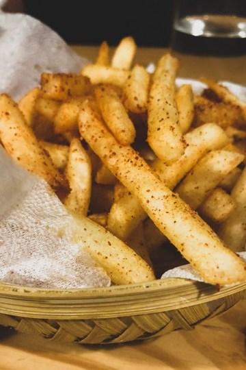https://www.sicaktencere.com/firinda-baharatli-patates/